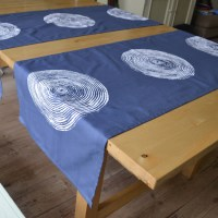 Table runner 'basket print' mid blue